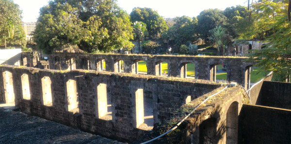 how to go to intramuros wall, historical places in the philippines