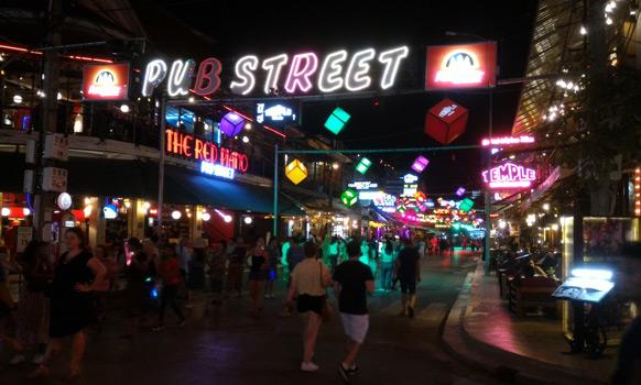 siem reap nightlife pub street