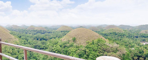 bohol chocolate hills places to visit in the philippines