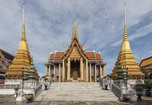 wat phra kaew places to visit in bangkok