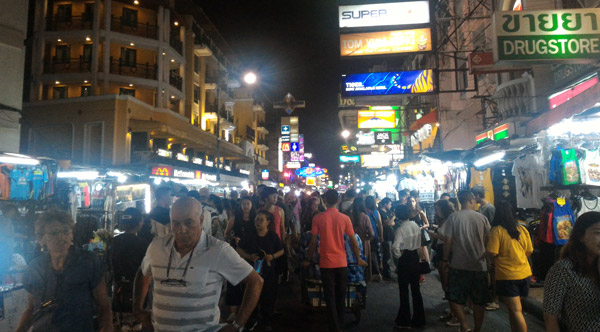 bangkok nightlife khao san road
