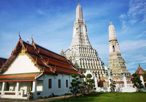 places to visit in bangkok wat arun