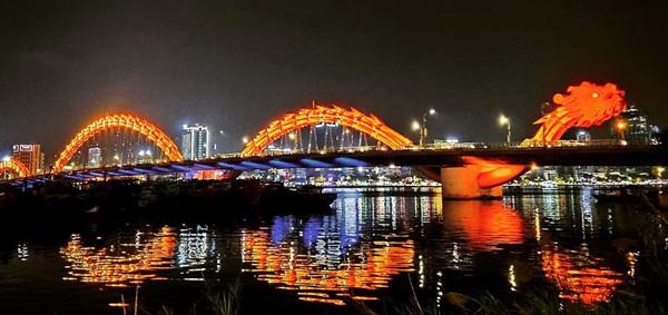 Da Nang Dragon Bridge Tourist Spots Beautiful Destinations