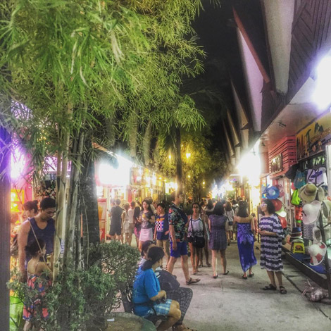 D'Mall Shopping Things to do in Boracay at night