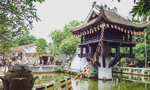 One Pillar Pagoda Places to visit in Hanoi